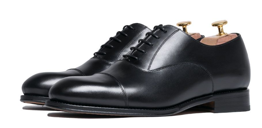 Oxford shoes in black, black Oxford, shoes for the office, perfect shoes for night events, wedding shoes, waterproof shoes